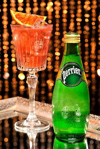 perrier sparkling water and white wine spritz recipe