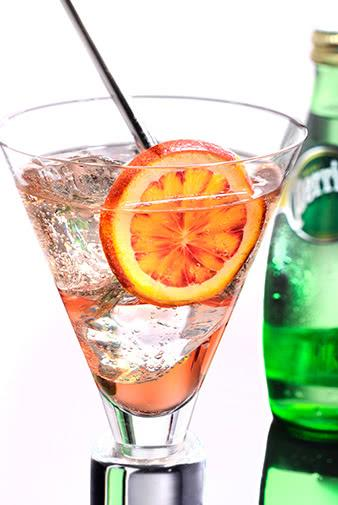 perrier sparkling water and rose wine spritz recipe